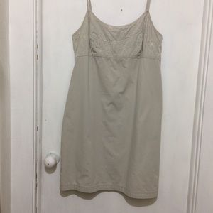 Dresses & Skirts - NYKhakis womans 12 with embroidered built in bra